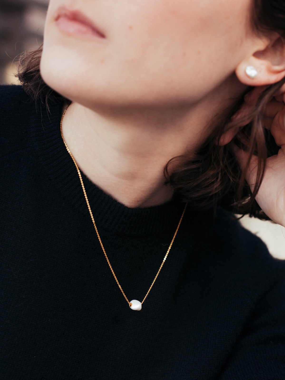 Mini Baroque Pearl Necklace in Gold