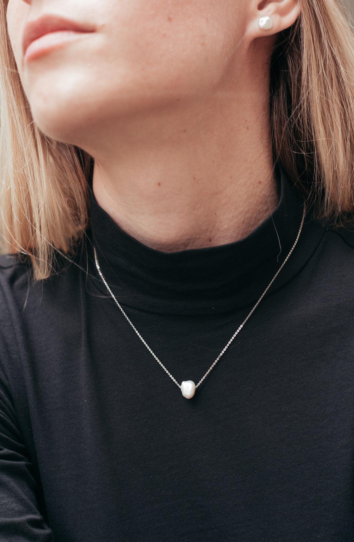 Small Baroque Pearl Necklace - Silver